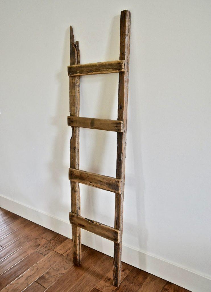 Nan Blanket Ladder Image