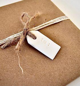 Clay Gift Tag Image